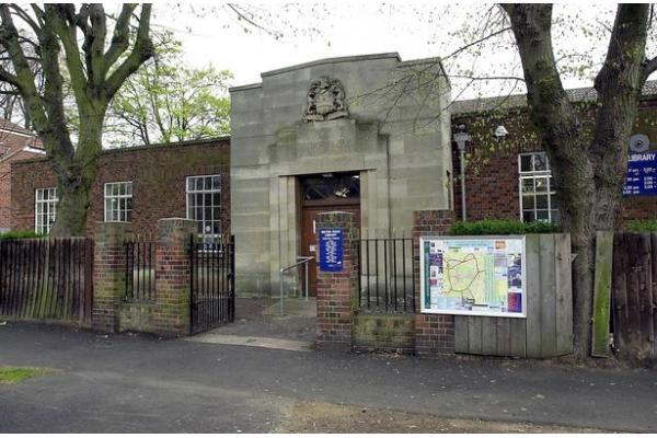 Photo of the old Milton Road library